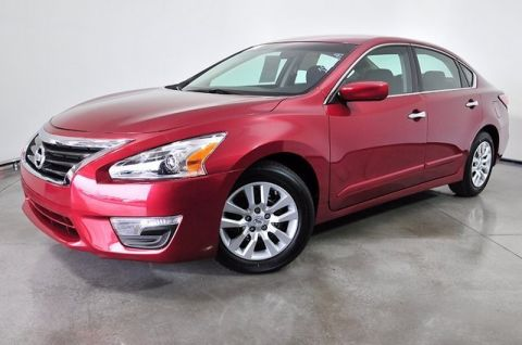 Pre-Owned 2014 Nissan Altima 2.5 FWD 4dr Car